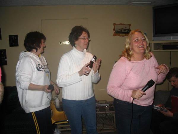 barb-ronalda-linda-karaoke