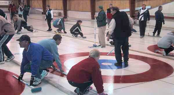 Returning Members Registration is Wed. Oct. 8,  Daytime and Learn to Curl both start Oct. 14