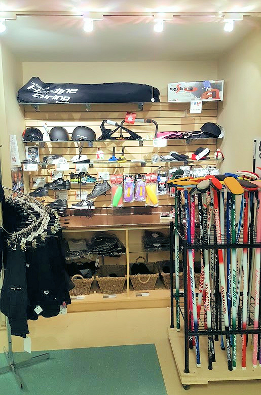 Wrap up your Christmas shopping at our Pro Shop!