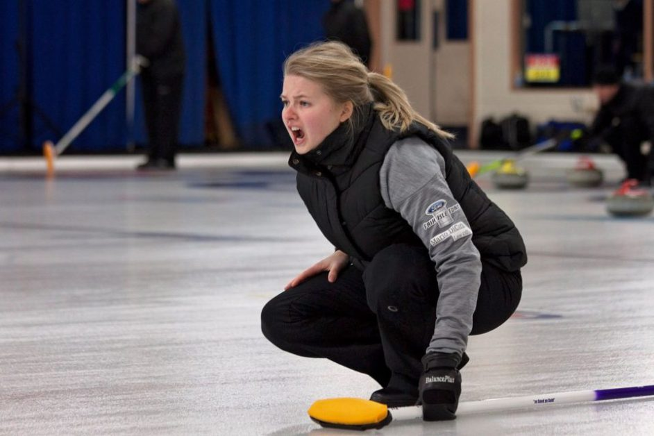 Cornwall's Veronica Smith rink advances to 3 pm finals of Saint John cashspiel