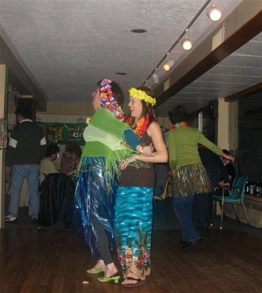 barb-kristin-fight-for-the-hula-dance-win